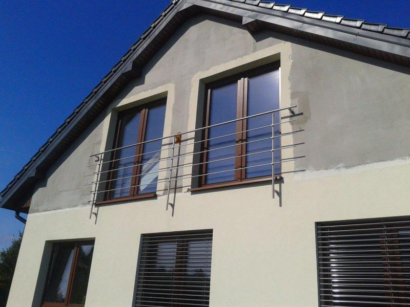Solidna balustrada ze stali